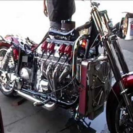 Boss Hoss Motorcycle  LS 430 engine 706HP idle, NASTY!!